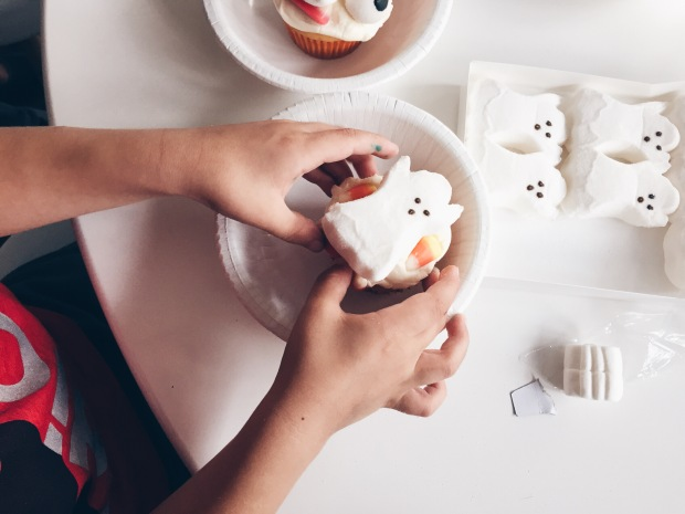 Hey, how 'bout a little cupcake with your ghost peep?
